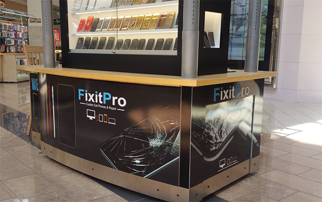 fix_it_pro_environmental_graphics_booth_kiosk